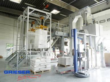GRIESER Big-Bag station, sack loading, horizontal mixer with bucket device and bagging station